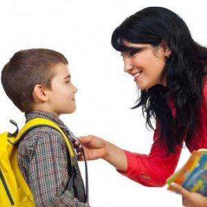 Заботливая мама и уверенный сын
