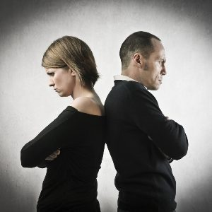 разлад в отношениях